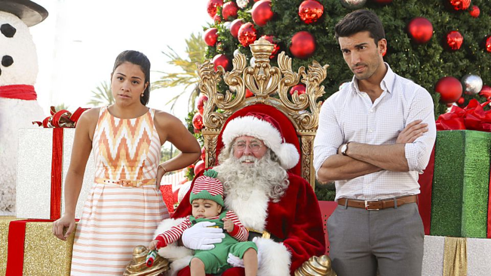 "Jane the Virgin Christmas episode ""Chapter Thirty"""